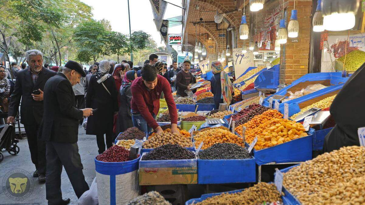 1- Tehran Grand Bazaar gallery iran tour cultural package 3 (3)