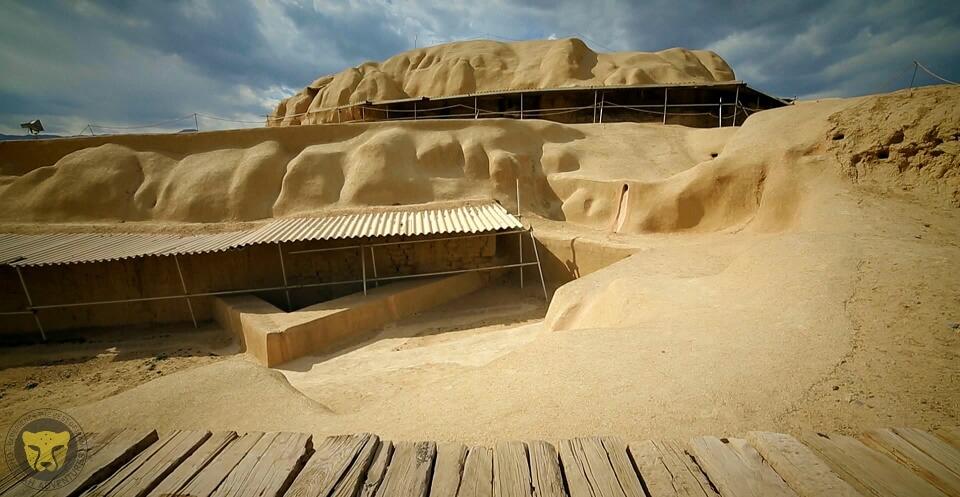 3- sialk ancient hills kashan culture iran trip package