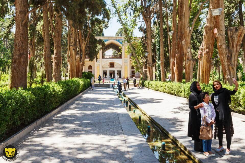 fin garden kashan iran tour package travel safe cheetah
