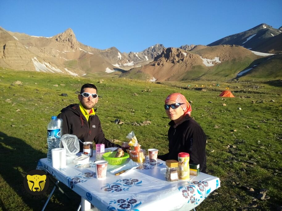 Day 4-Having breakfast in Hesarchal Camp (3750m), Alamkuh South Face