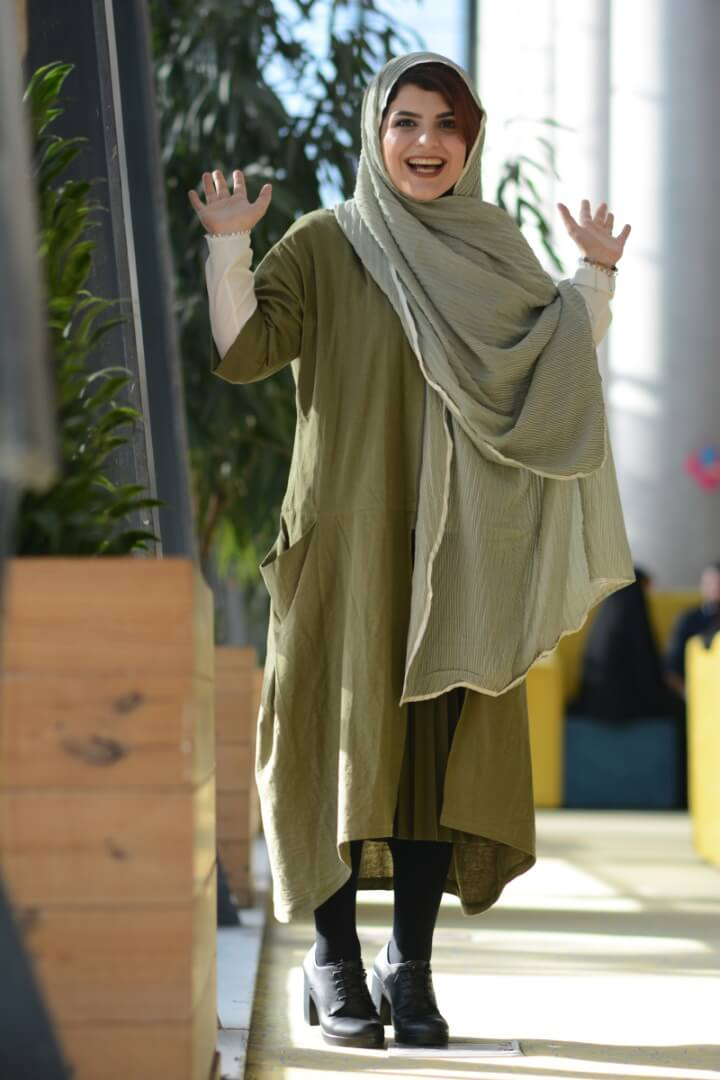 Iran Dress code for women how to chador manteau scarf legs girls