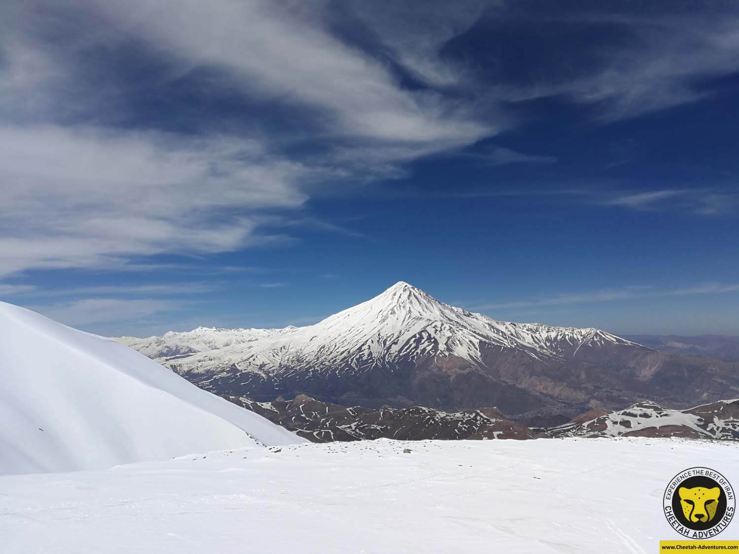 4 A brilliant view of Damavand (5610m) from the top of Doberar Peak (4250m)