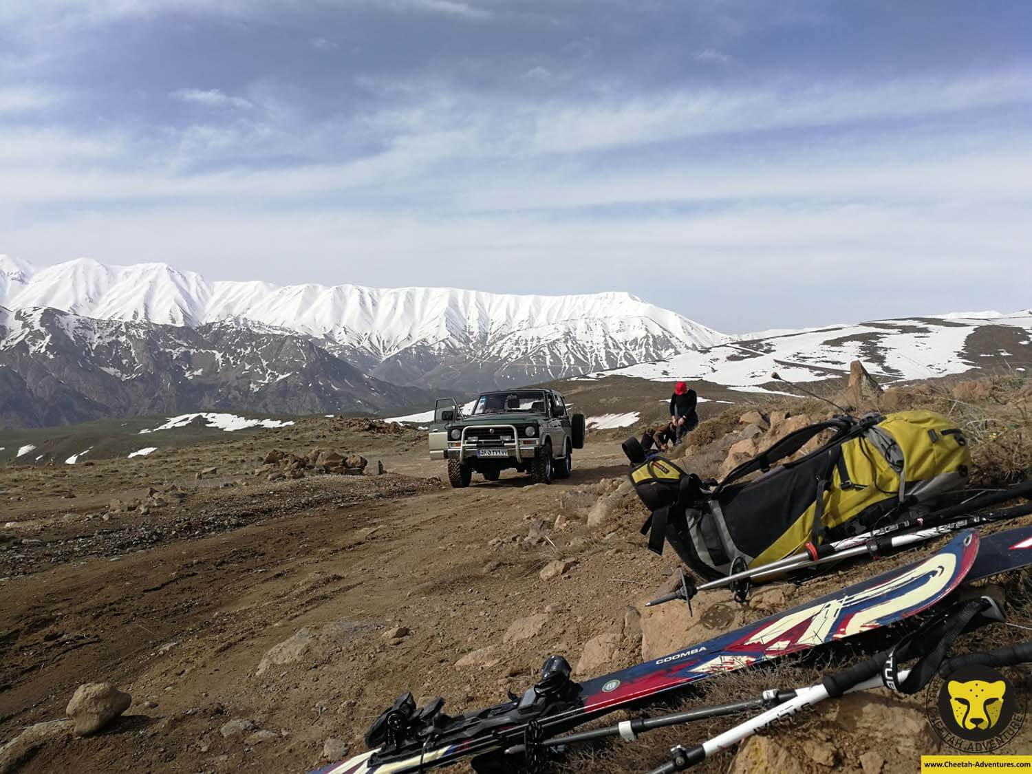 5-1 Transfer close to Goosfandsara (3100m), Doberar Range at the background, Damavand Ski Touring