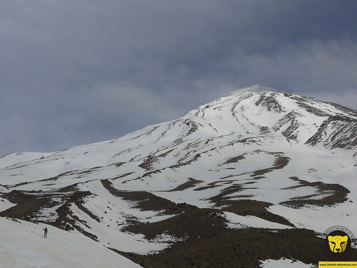 5-2 On the way to Bargah-e Sevom Hut from Goosfandsara at 3300m, Damavand Ski Touring