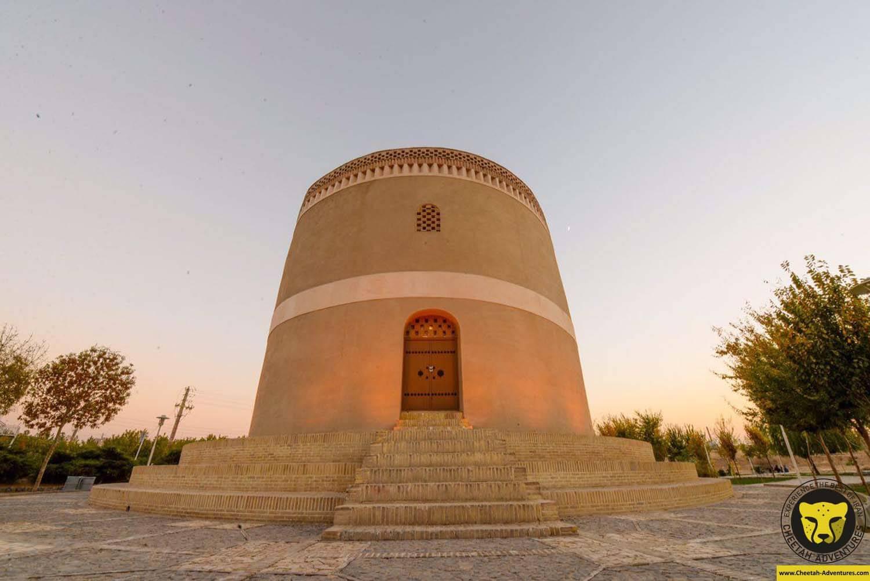 Pigeon House Isfahan Tour visit iran agency cheetah adventures
