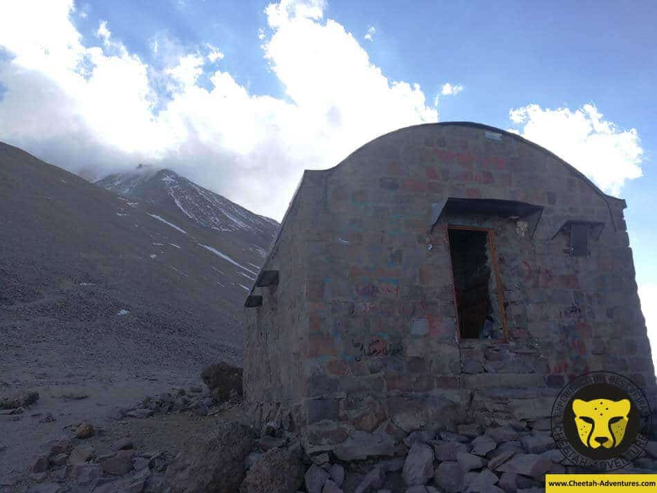 22 Takht-e Fereidoun Shelter (4350m), North Eastern Route of Damavand (2)