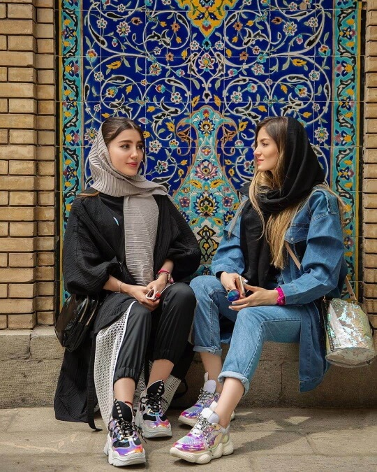 Footwear iran dress code how to wear like iranians 1 small