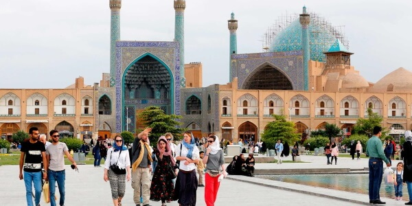 every thing to know before traveling to iran visit facts infos iranian travel agency cheetah adventures 2