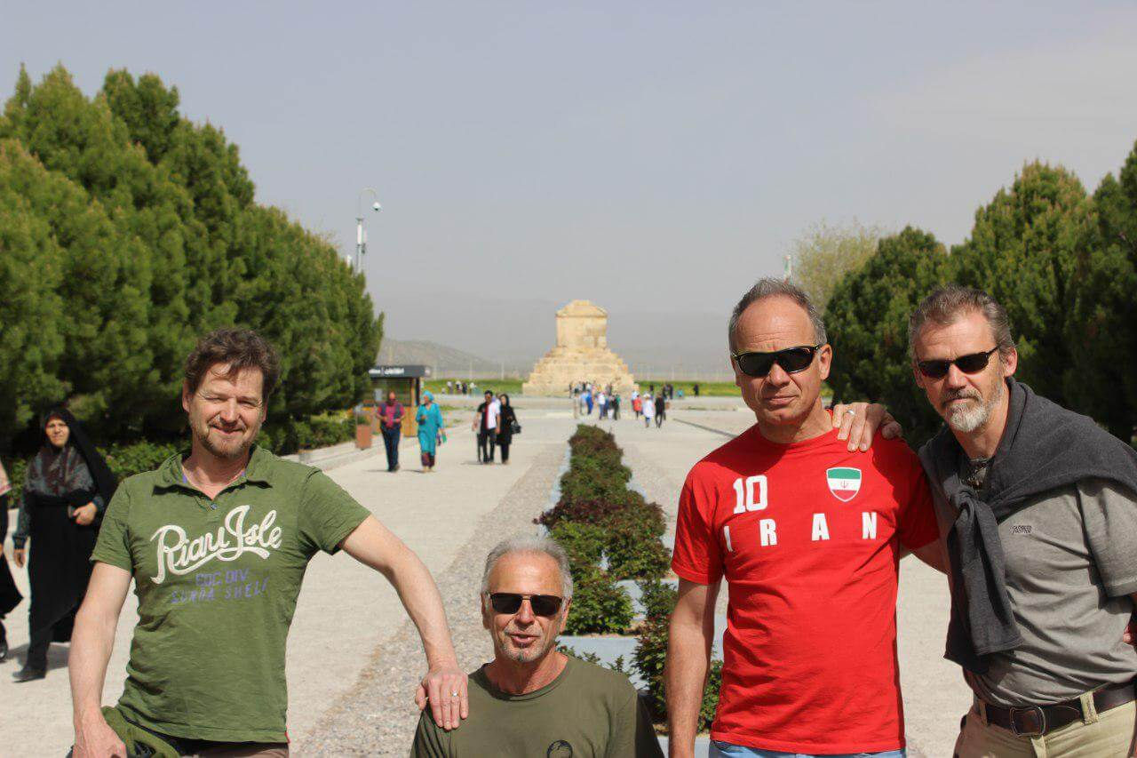 iran travel tips how to visit iran blog fastest growing country travel destination iran tour package