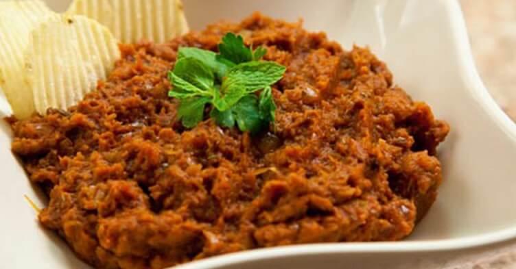 Mirza Ghasemi-Iranian dishes-Iran Culture