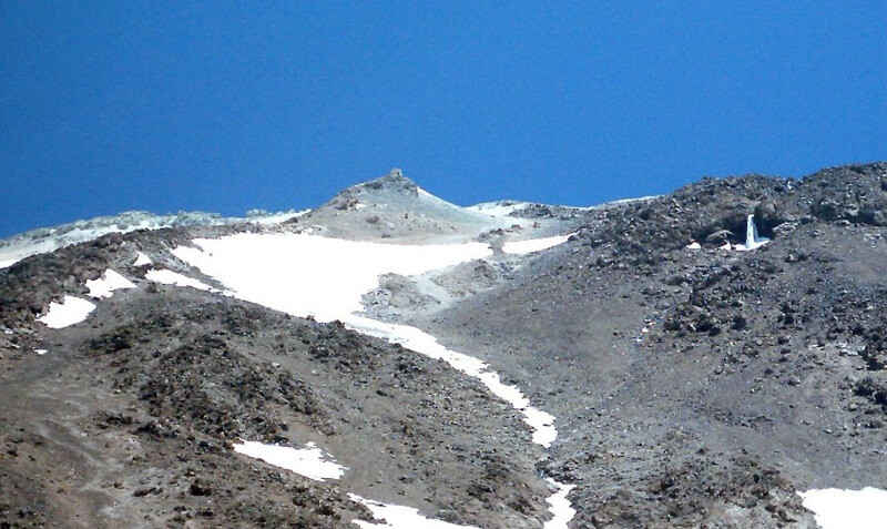 Abshar Yakhi Damavand-mount damavand mountain trekking tour (2)