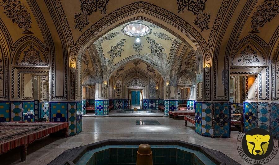 Baños_del_Sultán_Amir_Ahmad,_Kashan,_Irán bathhouse iran culture tour visit iran tour package travel iran trip