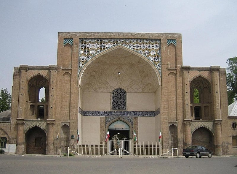 Ali Qapu Gate and Sepah street visit iran tour travel guide attractions things to do destinations Cheetah adventures