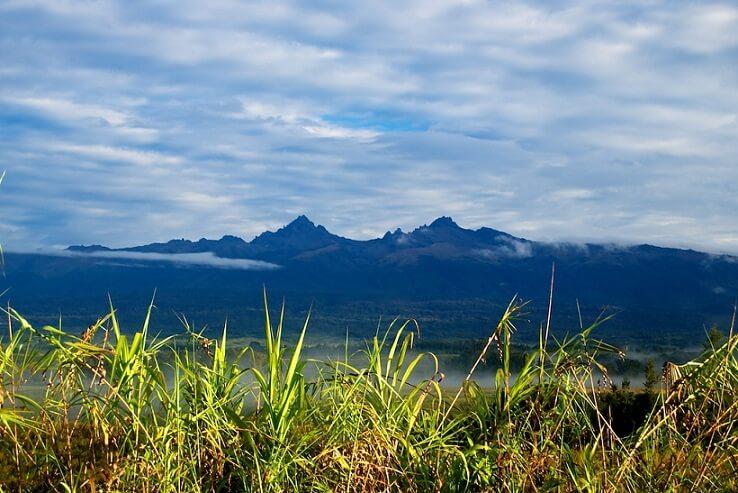 Mount Giluwe-Volcanic Seven Summits-climb Mount Damavand mountain trekking summit height facts