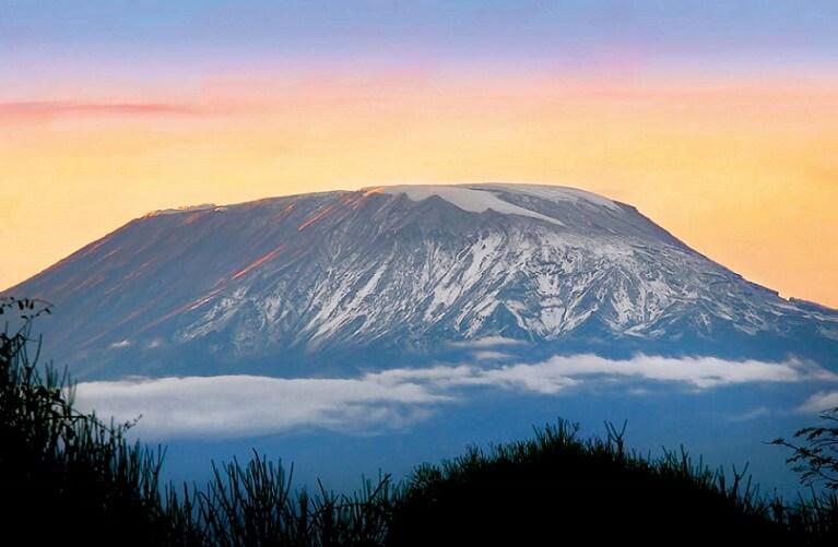 Mount Kilimanjaro-Volcanic Seven Summits-climb Mount Damavand mountain trekking summit height facts