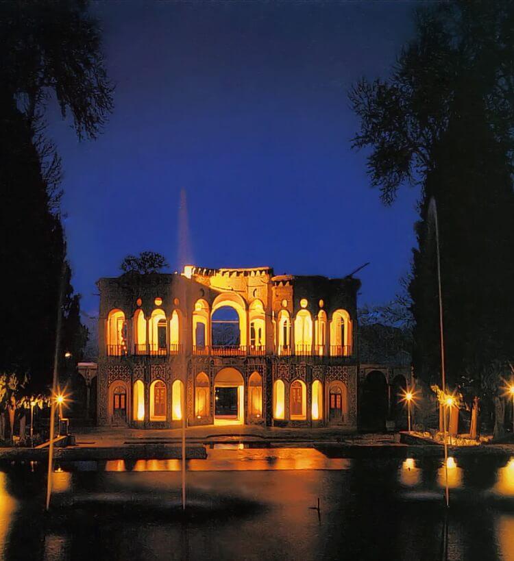 kerman iran destinations visit iran travel attractions top things to do in iran Shazdeh_Garden_Mahan_Iran 2