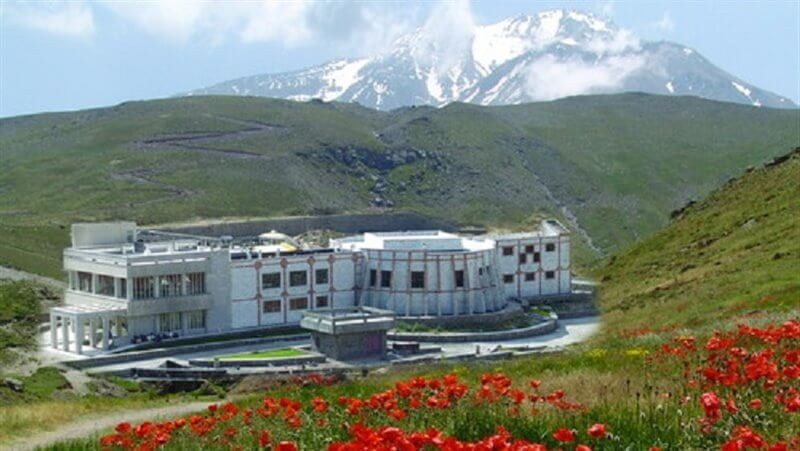 Shabil hot spring ardabil meshkin shahr mount sabalan mountain trekking tour iran travel guide attractions things to do destinations Cheetah adventures (1)