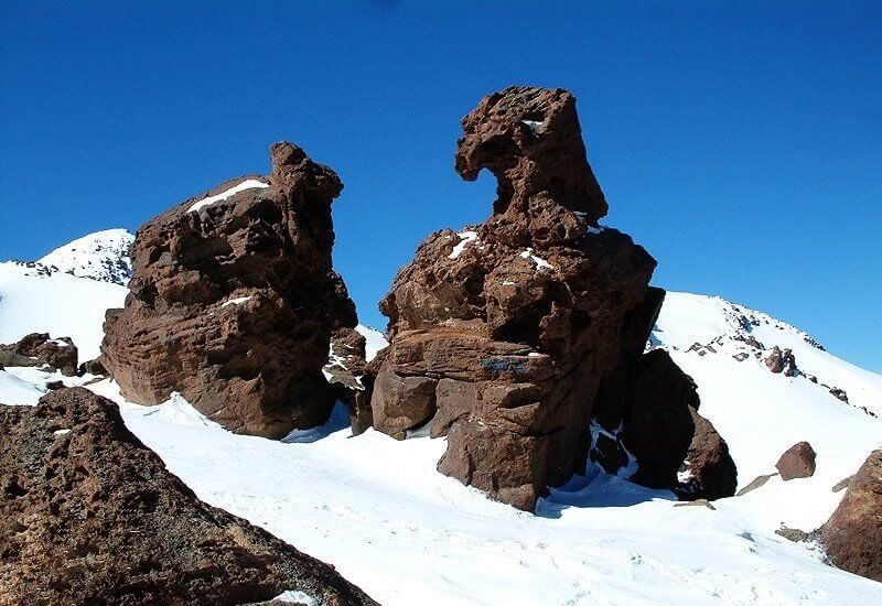 eagle shaped rock sangeh oghab mount sabalan ardabil mountain trekking tour iran travel guide attractions things to do destinations Cheetah adventures