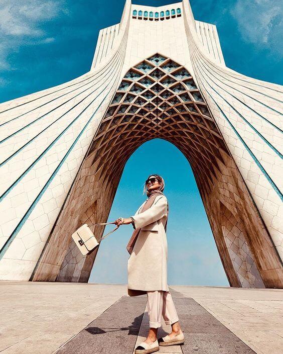 iran dress code fasion in Iran dressing female modern iranian women (10)