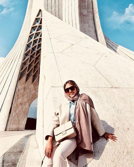 iran dress code fasion in Iran dressing female modern iranian women (11)