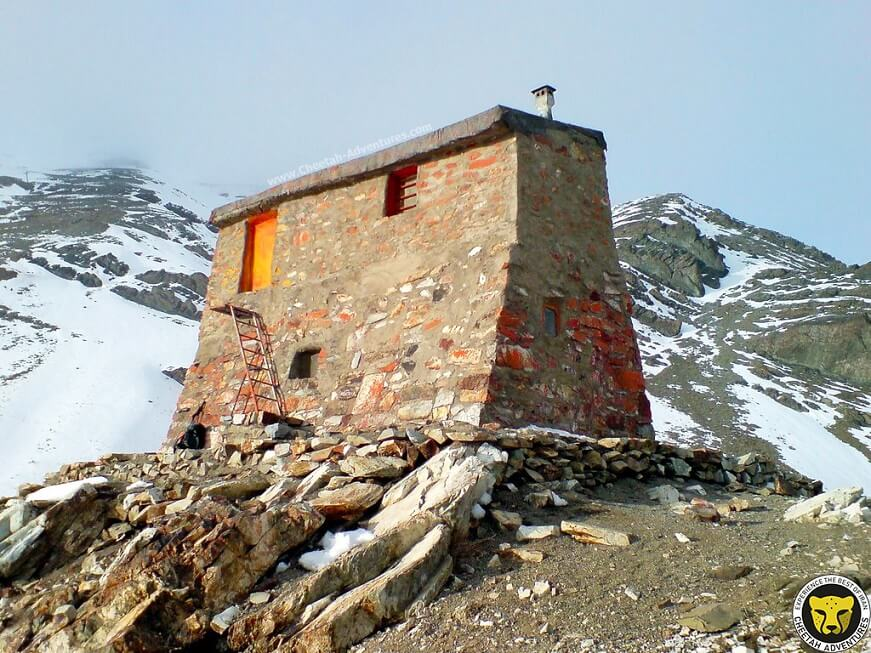 Speed Shelter Mount Tochal tehran iran mountain trekking tour iran travel guide attractions things to do destinations Cheetah adventures