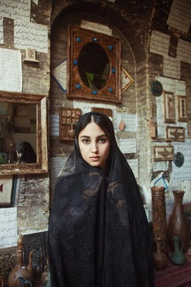 Chador-iran-dress-code-how-to-wear-like-iranians women dress code in iran