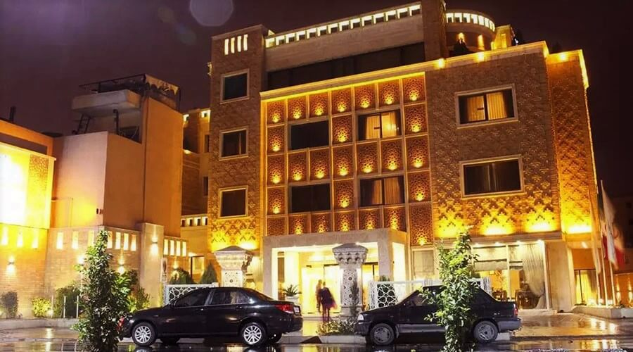 Zandiyeh_Hotel_Shiraz_Iran_5_Star_Hotels_Iran_Top_Luxury_Hotels_Cheetah_Adventures